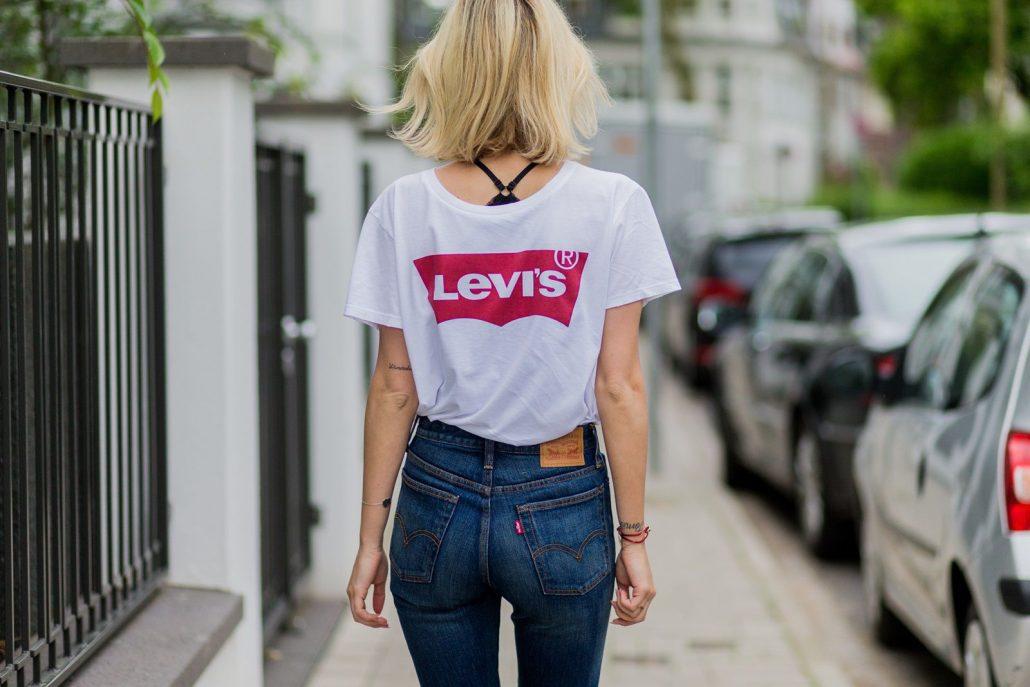 Hemos investigado a fondo la causa del crecimiento exponencial de camisetas  Levis en las calles. 9b6ad012700