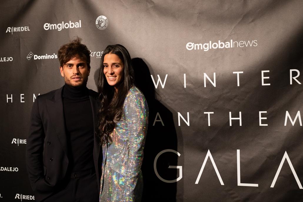 Rodri Fuertes Puch (@rodrifuertespuc) de GH vestido de total black y Claudia Martínez (@claudiiamg) de MyhyV con vestido de @bershkacollection